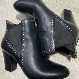 Adorable BCBGENERATION Booties